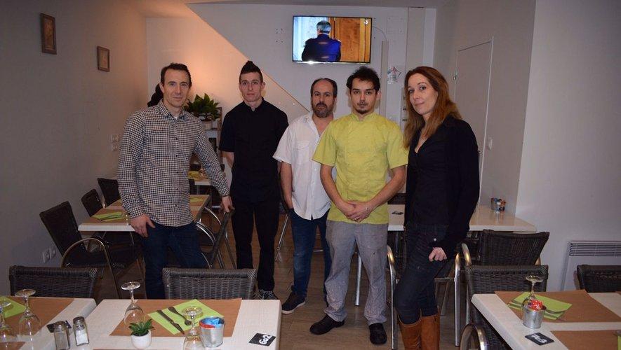 L'équipe de la brasserie à pied d'œuvre./Photo DDM.