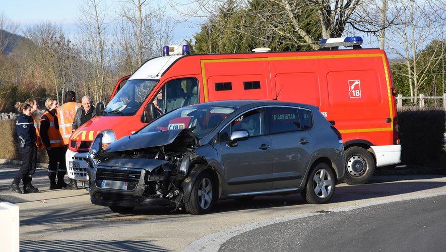 Les deux blessés ont été évacués vers l'hôpital de Rodez.