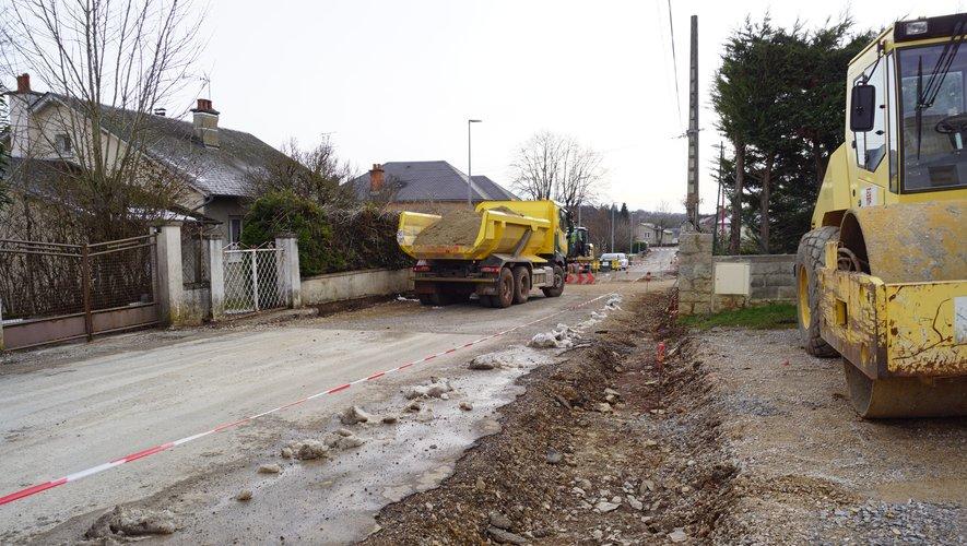 Le décaissement de la rue des Cardabelles.