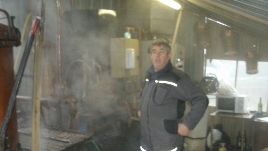 Jean-Paul Noyé travaille dans les vapeurs de l'alcool.