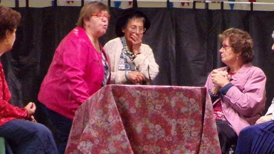 Une partie de la troupe lors d'une répétition.