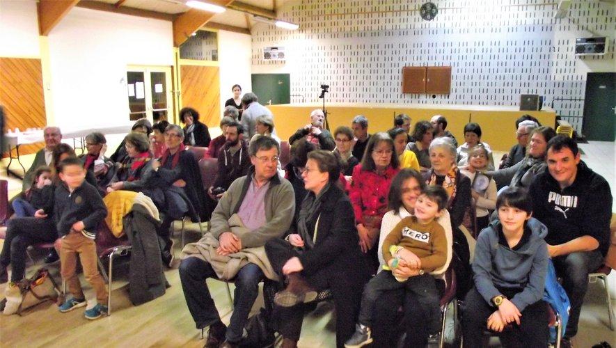 La séance vidéo a enchanté le public.