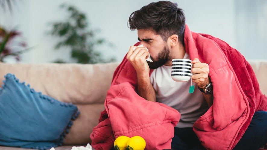 L'épidémie de grippe, à l'origine d'une part importante des hospitalisations, a déjà fait 1.800 morts cet hiver en France métropolitaine