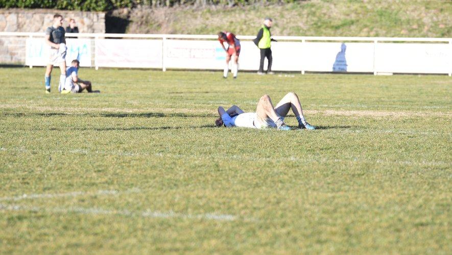 Un cauchemar. Le Sporting est au bord du précipice,  collé au sol. Proche du néant hier, les Decazevillois ont subi une des plus grosses défaites de l'histoire du club à Camille-Guibert...
