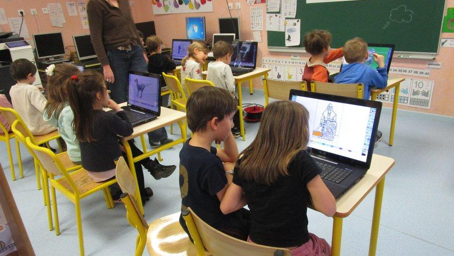 Les écoliers manifestent un réel intérêt pour ces ateliers.