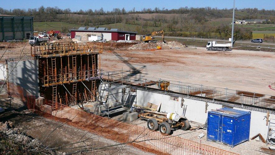 Les travaux du chantier du nouveau stade avancent.
