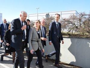 La secrétaire d'Etat a visité l'usine sous la conduite d'Olivier Pasquesoone et Heiko Carrie.