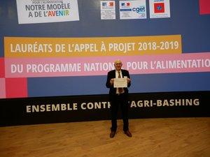 Alain  Fauconnier, président du PNR Grands causses venu récupérer le prix.