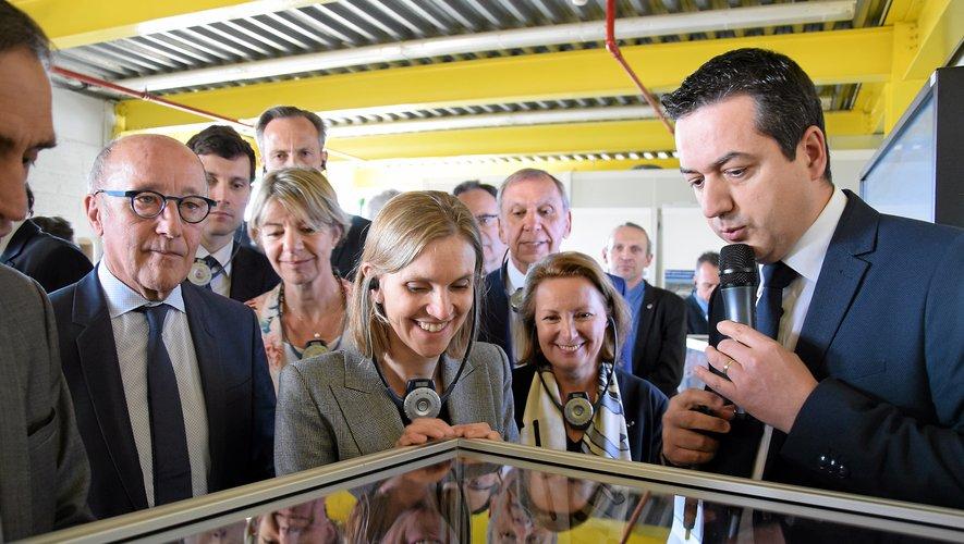 La secrétaire d'État auprès du ministre de l'Économie et des Finances a découvert les différentes fabrications de l'usine Bosch.