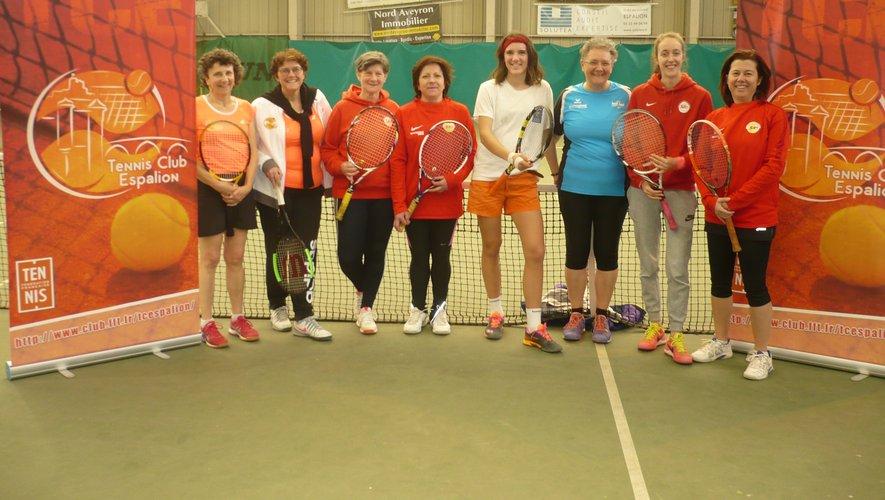 Les dames du premier tournoi 3e série.