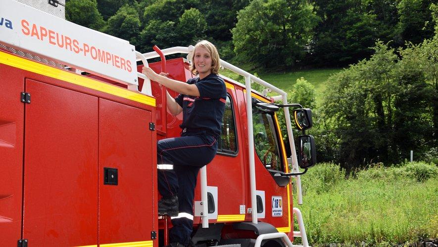 Annabelle Marcilhac, 28 ans, sapeur-pompier professionnelledepuis 6 mois à Millau et volontaire à Estaing depuis 6 ans.
