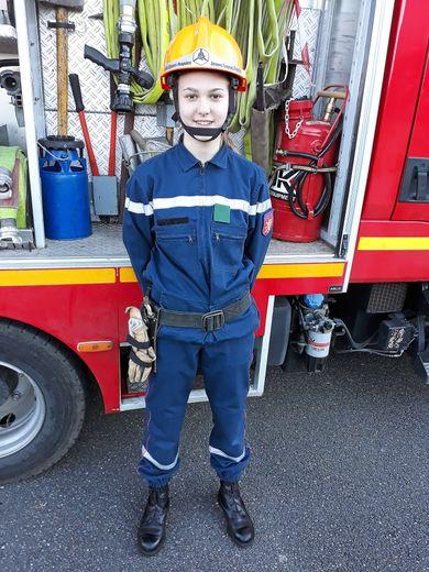 Emilie Guyot, 16 ans, jeune sapeur-pompierau centre de Villefranche-de-Rouergue depuis 4 ans.