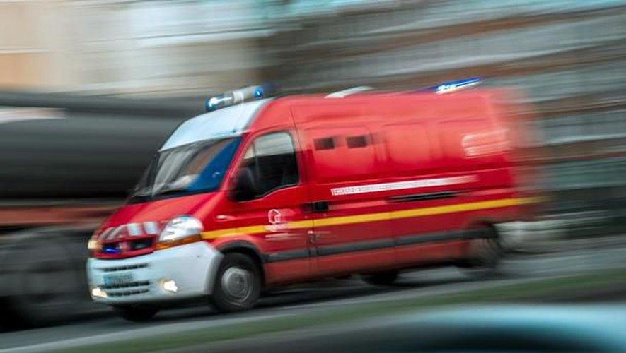 Le septuagénaire a été transporté au centre hospitalier d'Aurillac.