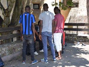 Une dizaine de jeunes Africains s'étaient retrouvés à la rue, au début de l'éte dernier, à Rodez.