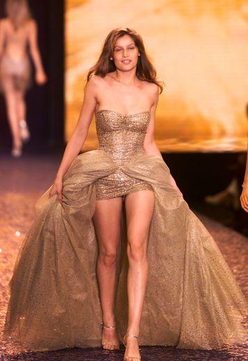 Laetitia Casta pour Victoria's Secret en 2000.