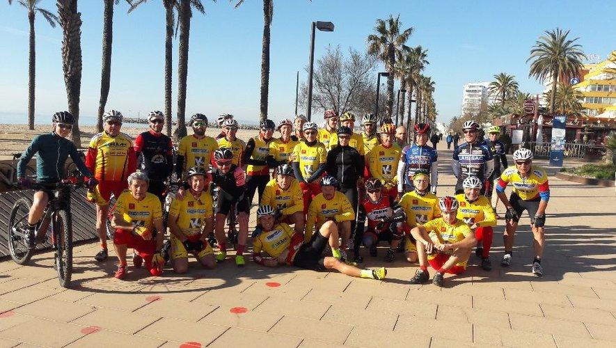 Photo du groupe à Rosas en entrainement - préparation sur la Costa Brava