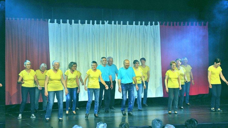 Les Aînés s'offrent la scène, découvrez leur spectacle le samedi 27 avril salle Yves-Roques à Decazeville, à 14 h 30 ou à 20 h 30.