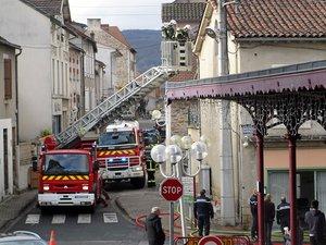 L'intervention des sapeurs-pompiers de Capdenac-Gare a duré environ une heure et demie, avec le renfort de ceux  du Bassin.