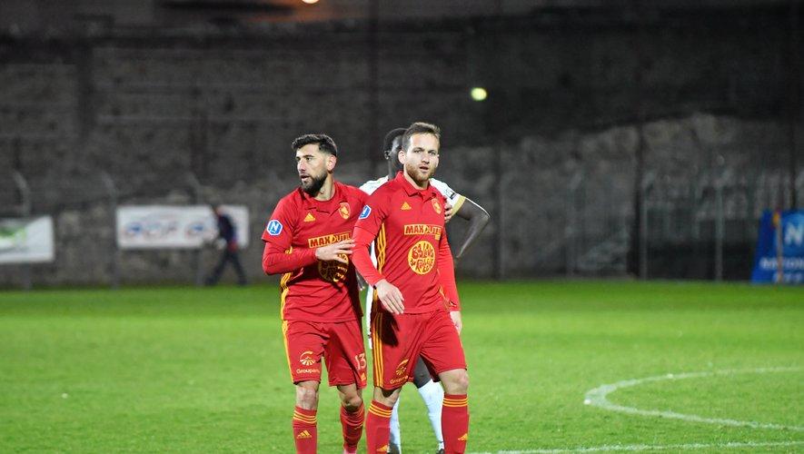 Symboles de cette solidité défensive, Amiran Sanaia et Pierre Bardy, qui ont permis au club sang et or de n'encaisser que dix-sept buts cette saison.