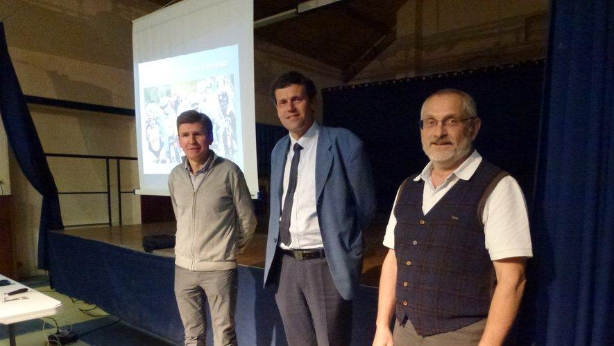 Le maire remercie les docteurs Jean-Pierre Marty Faucheret Jean-Michel Dols pour l'organisation de cette journée.