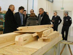 Le sénateur Jean-Claude Luche a visité dernièrement le lycée aubinois.