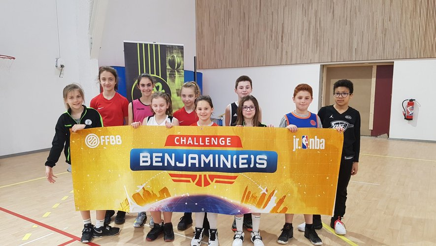 Les dix licenciés de LPB qui ont participé aux finales départementales du Panier d'Or et du Challenge benjamins.