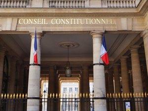 Mineurs non accompagnés : le Conseil constitutionnel déclare les tests osseux conformes