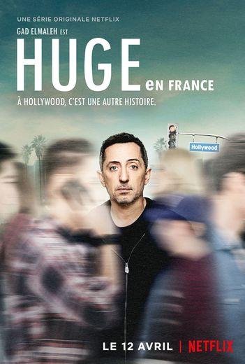 """""""Huge en France"""" avec Gad Elmaleh sera disponible dès le 12 avril sur Netflix."""