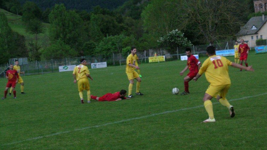 Les footballeurs à l'épreuve du leader