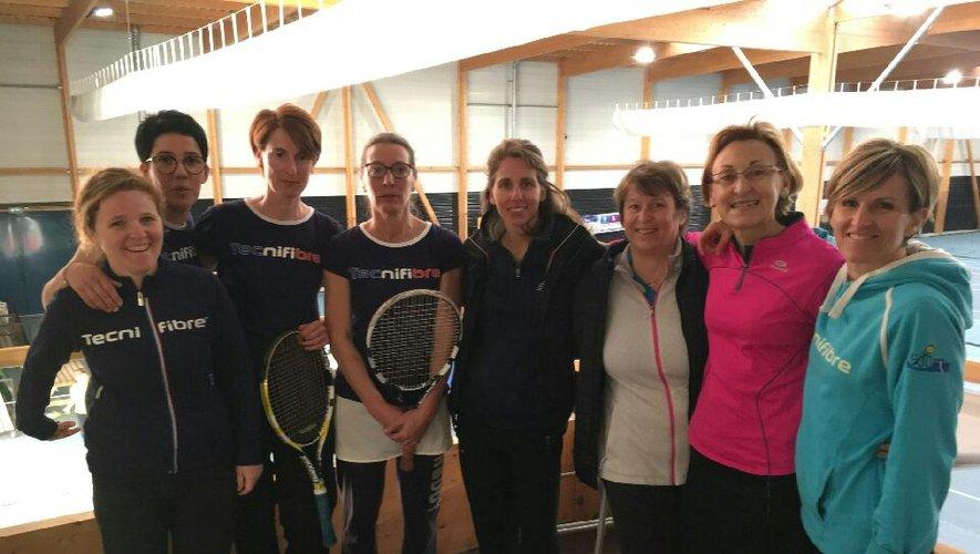 Tennis : les seniors messieurs se distinguent lors de la 2e journée