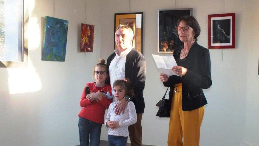 À l'heure du vernissage, vendredi soir, à l'espace culturel, orchestré par Marie-Christine Grès pour l'association Olt'His.