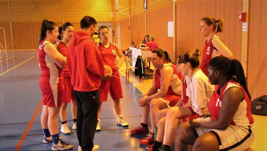 Les seniors filles 2 ont su suivre la ligne tracée par le coach.