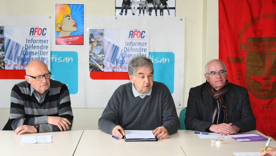 Deux des conciliateurs de l'Afoc, Jean-Louis Coste (à g.) et Guy Pomarède (au c.), aux côtés du président Jean-Luc Paulat.
