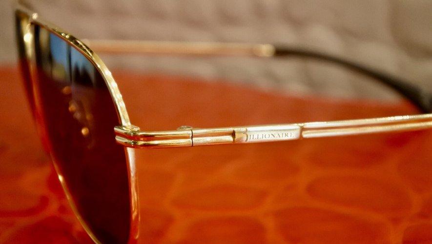 Les lunettes de soleil en or pur de Billionaire sont proposées à plus de 14.000€.