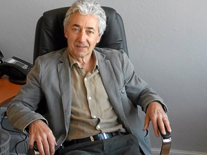 Michel Soulié et les élus multiplient les actions pour attirer de nouveaux médecins.