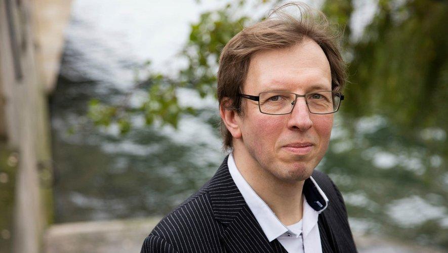 Laurent Demoulin sera à Conques le 12 avril pour parler de sa relation avec son fils autiste par le biais de son livre.