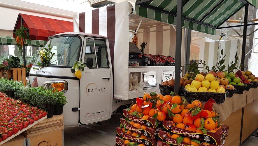 Un marché de fruits et légumes chez Eataly