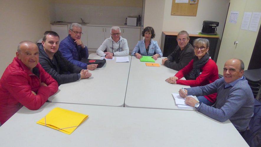 Les membres du bureau réunis autour du président Franck Pinot.