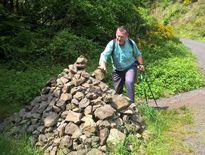 Les montjoies de pierres balisent les chemins du Moyens âge.