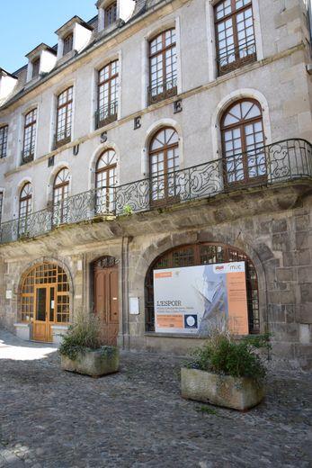 Le musée Urbain-Cabrol de Villefranche devient le MUC.