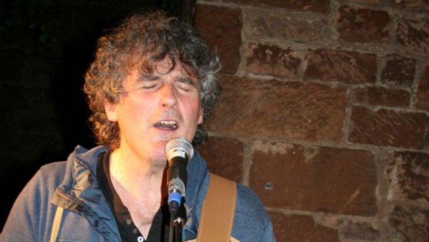 Michel Bézelgues offrira un panel de chansons françaises autour d'un menu du terroir.