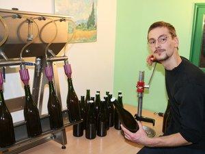 Sylvain Brecl, artisan de l'apéro en Aveyron.