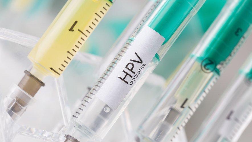 Un collectif de médecins, biologistes et patientes, demande que le test de détection des papillomavirus soit utilisé en première intention pour le dépistage organisé du col de l'utérus.