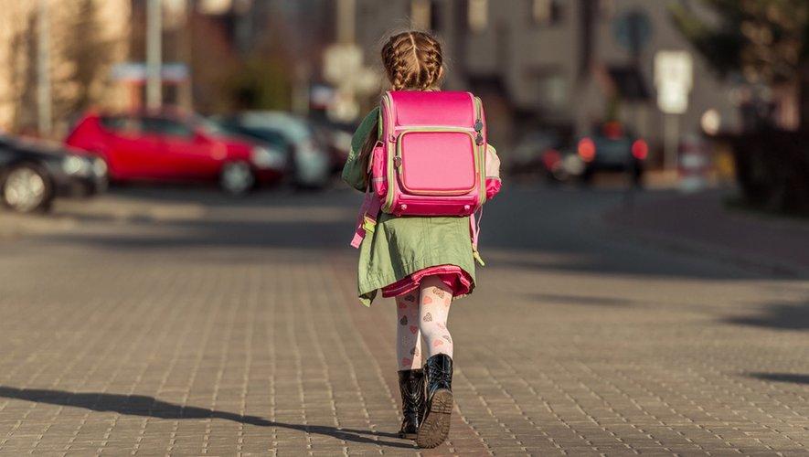 A quel âge votre enfant peut-il aller seul à l'école?
