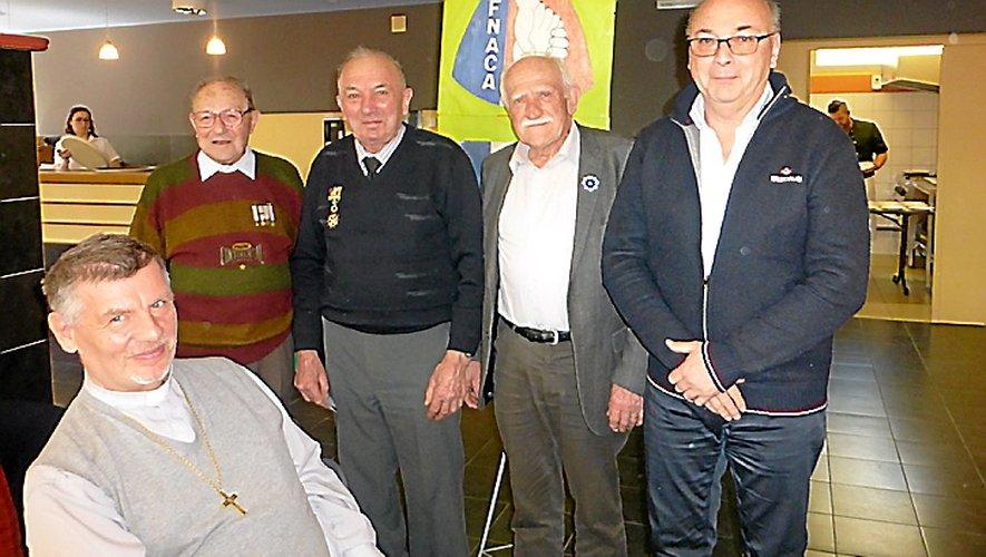 G. Tarrise entouré de G. Cros, R. Pagès et D. Cayla.