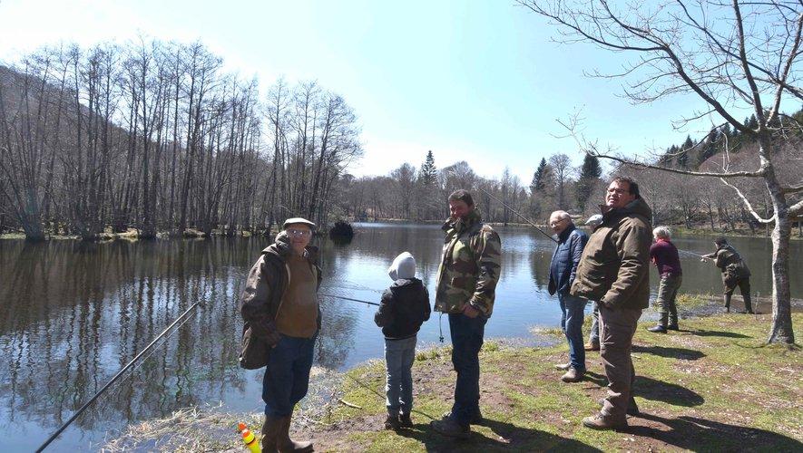 Le lac des Picades, un haut lieu de retrouvailles des familles et des amis.