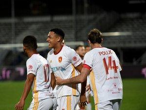 Yohan Roche et les Ruthénois peuvent être tout sourire. Grâce notamment à un très joli but du capitaine Loïc Poujol, ils en sont à 21 succès en 31 matches cette saison ! Tout simplement magistral.