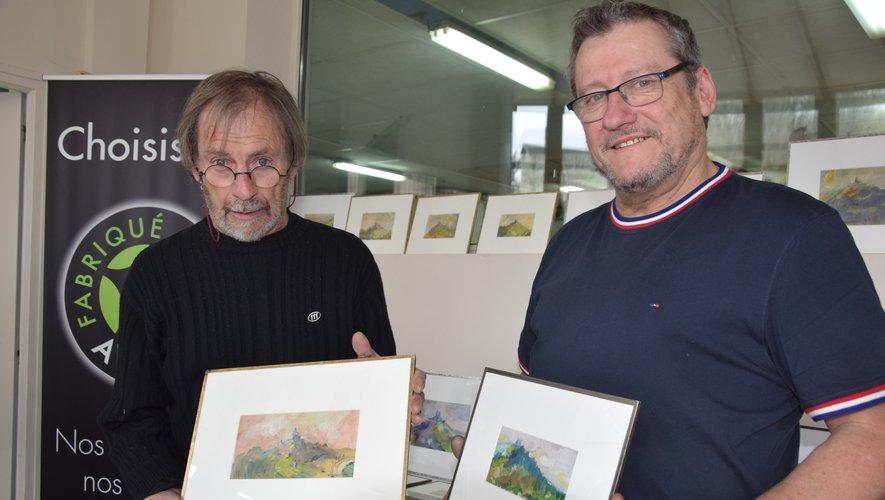 Jean-Pierre Bouillon et Francis Blandinières présentant les œuvres de ce dernier.