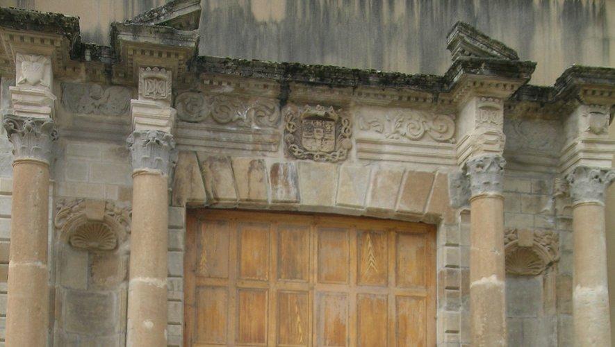 Lenouveau portail rue Saint-Joseph.