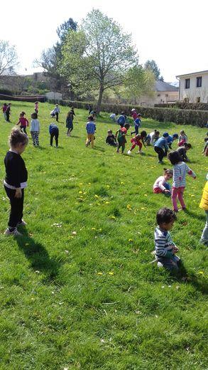 Grande chasse aux œufs pour les écoliers des Quatre-Saisons